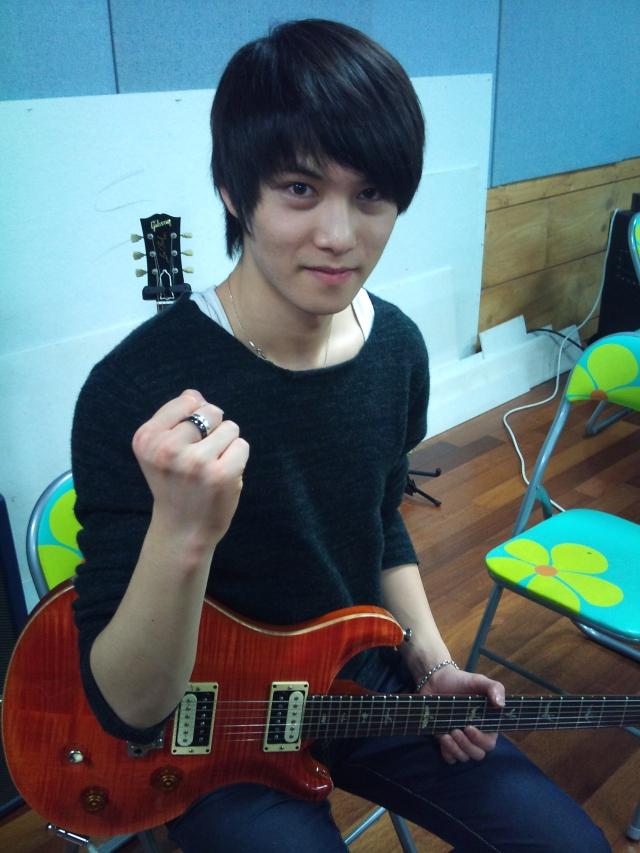 [NEWS] Jungshin e Jonghyun Twittam Jonghyun_twitpic_101116