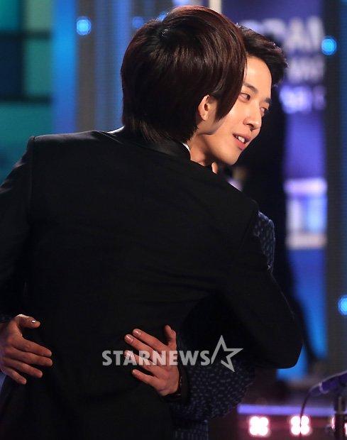 """[NEWS] MinHyuk remporte le """"Rising Star Award"""" au K-DRAMA STAR AWARDS !! Minhyuk_-9"""
