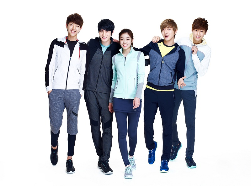 "CN Blue - CN Blue, ""Prospecs W"" ��in , Kim Yuna�n�n Tan�t�m Partneri Se�ildi ! /// 01.02.2013"