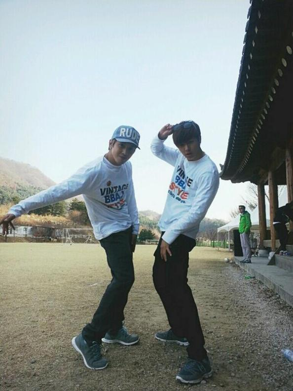 130330 - minhyuk & yonghwa