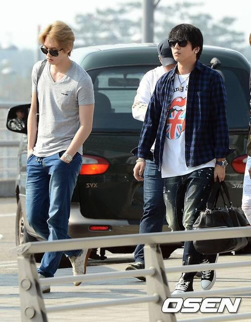 130509 CNBLUE @ Incheon Airport to Hong Kong (13)