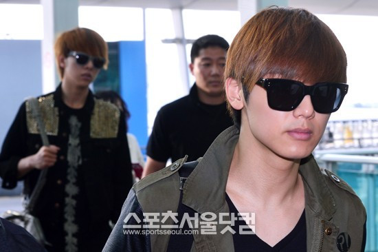 130509 CNBLUE @ Incheon Airport to Hong Kong (22)