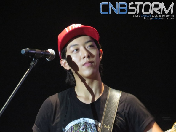 Jungshin... spectating...