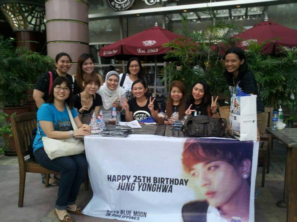 Philippine Boices with Boice from Japan, Singapore and Malaysia taken outside Coffee Bean & Tea Leaf on June 15, 2013 before the Blue Moon concert in Philippines.
