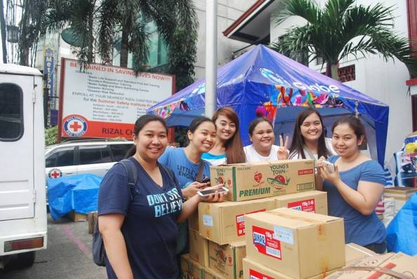 Taken at Red Cross, Philippines during BLUE for a CAUSE drive - a project by CNBJonghyun, CNBMinhyuk, CNBShin and CNBYonghwa
