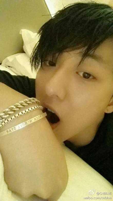 140712 Weibo JS_