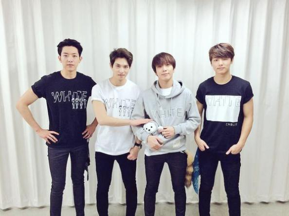 150422-cnblue spring live 'white'