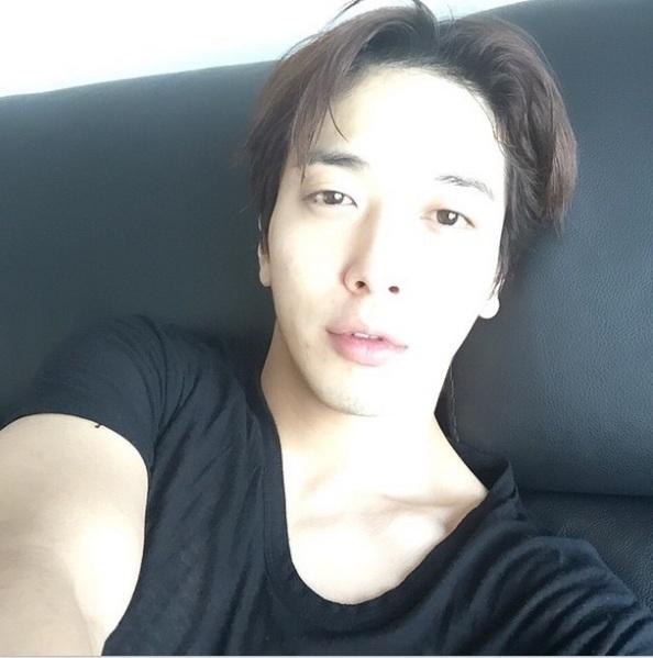 150513 yonghwa IG update