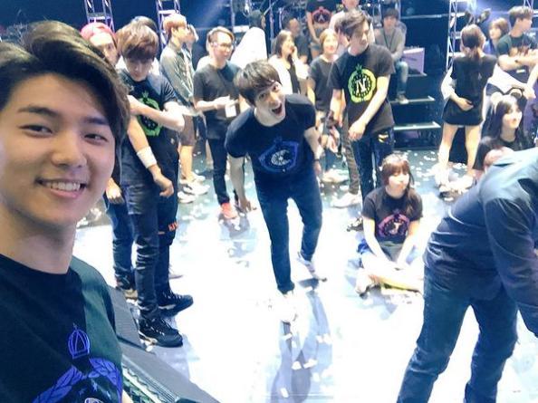 150516 minhyuk update FNC Kingdom Hongkong2