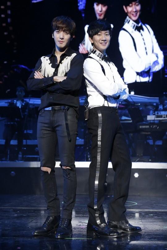 yonghwa & JJ LIN