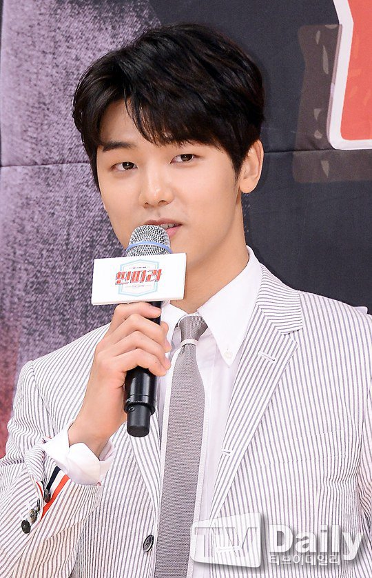 04192016_Entertainer Presscon (11)
